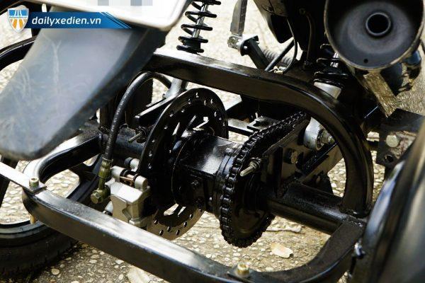 BABANHTUCHE Wave chitiet 01 05 600x400 - Xe máy 3 bánh tự chế (Wave 110cc)