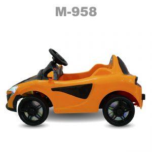 M 958 OTO DIEN mau 1 maket 02 1 300x300 - Xe ô tô trẻ em M-958