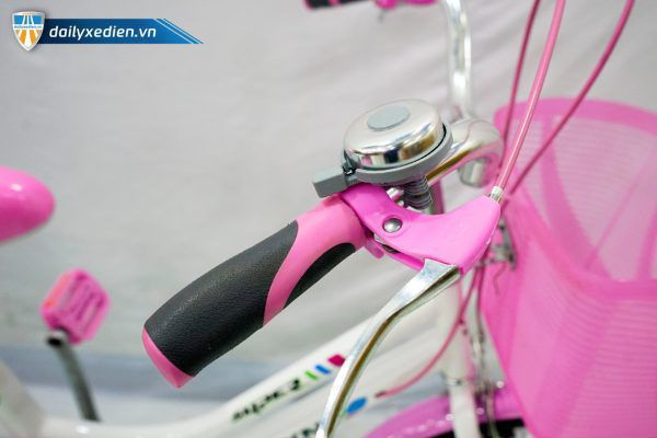 PEIXN banh 16 XDTE chitiet 05 600x400 - Xe đạp trẻ em Feixn - bánh 20 inch