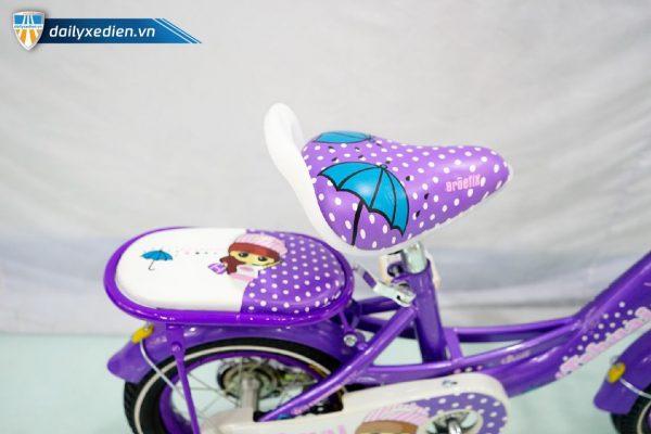 Xe dap Tshuai banh 12 mau tim ct6 08 600x400 - Xe đạp Tshuai bánh 12 - Màu tím