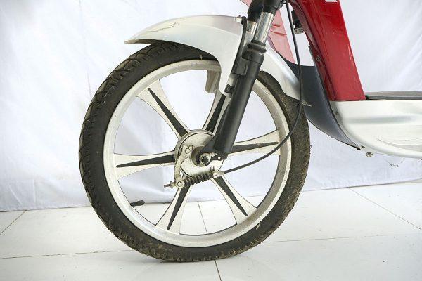 DSC8740 600x400 - Xe đạp điện Classic