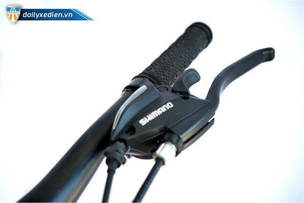 XE RENCTOR XTC 1 chitiet 04 600x400 - Xe đạp thể thao RENCTOR XTC-1