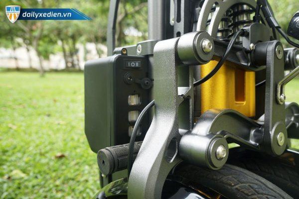 XE DAP DIEN CONCISE 3BANH CT19 600x400 - Xe điện gấp Concise 3 bánh cân bằng - 2 pin
