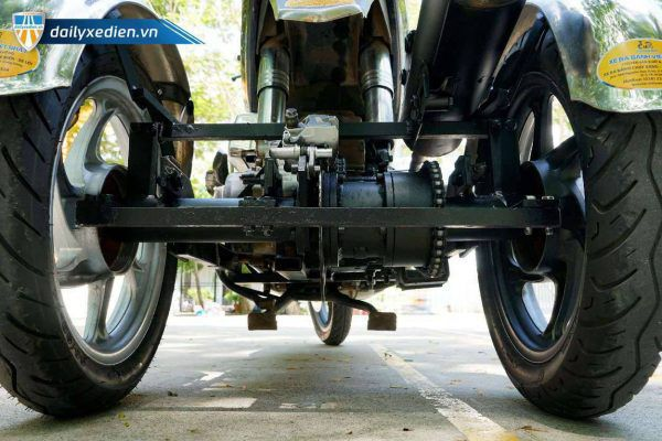 xe ba banh tu che AB ct 12 600x400 - Xe ba bánh tự chế Air Blade Việt Nhật