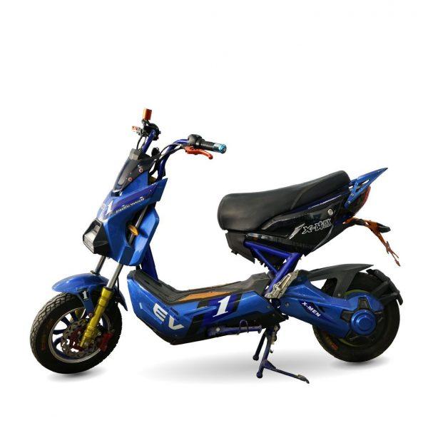 xe may dien x men xanh cu 01 600x600 - Xe máy điện X-Men xanh thanh lý