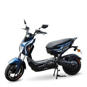 z2023342746870 88a63b8299e5ccfa3857b021a9779bfb 300x300 - Xe máy điện Xmen Neo Yadea