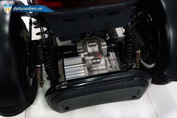 xe dien ba banh mini sup ct 15 05 600x400 - Xe điện ba bánh điện mini SUP