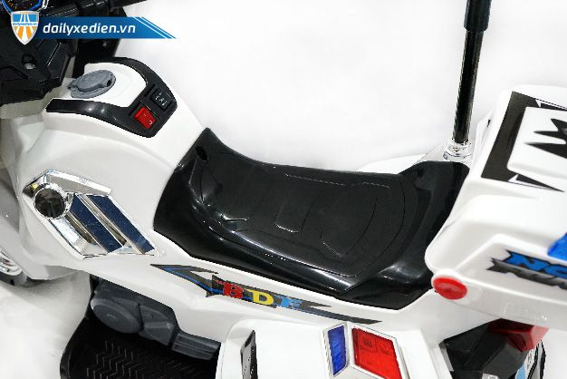 xe mo to tre em police bdf 8815 ct 05 1 - Xe mô tô trẻ em Police BDF 8815